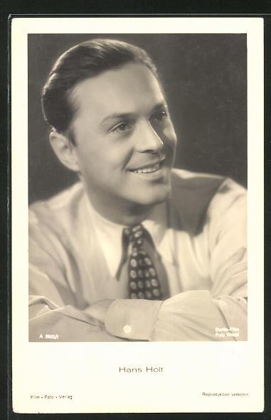 AK Schauspieler Hans Holt zur Seite lächelnd