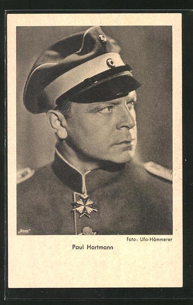 AK Schauspieler Paul Hartmann als Soldat zur Seite schauend