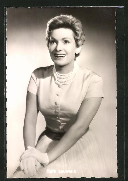 AK Schauspielerin Ruth Leuwerik spielte im Film