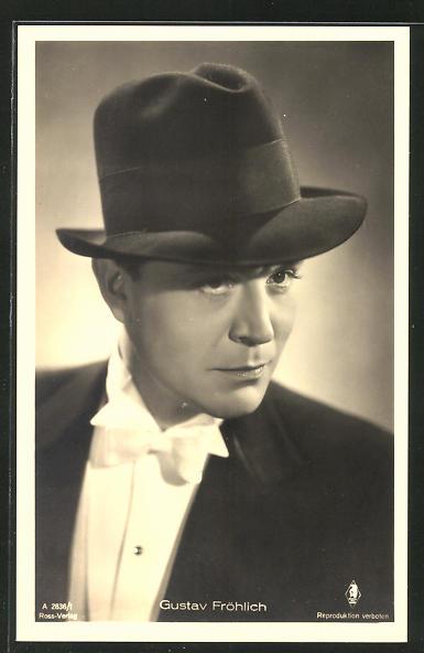 AK Schauspieler Gustav Fröhlich mit Hut zur Seite schauend