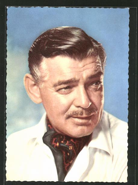 AK Schauspieler Clark Gable mit Halstuch zur Seite schauend