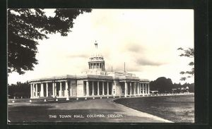 AK Colombo, The Town Hall