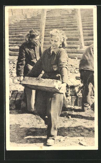 AK DDR-Propaganda, FDJ-Mitglieder bei Bauarbeiten