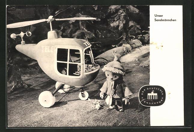 AK Sandmann vor seinem Hubschrauber