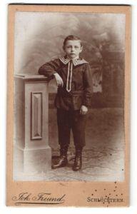 Fotografie Joh. Freund, Schlüchtern, Portrait Knabe in festlicher Kleidung