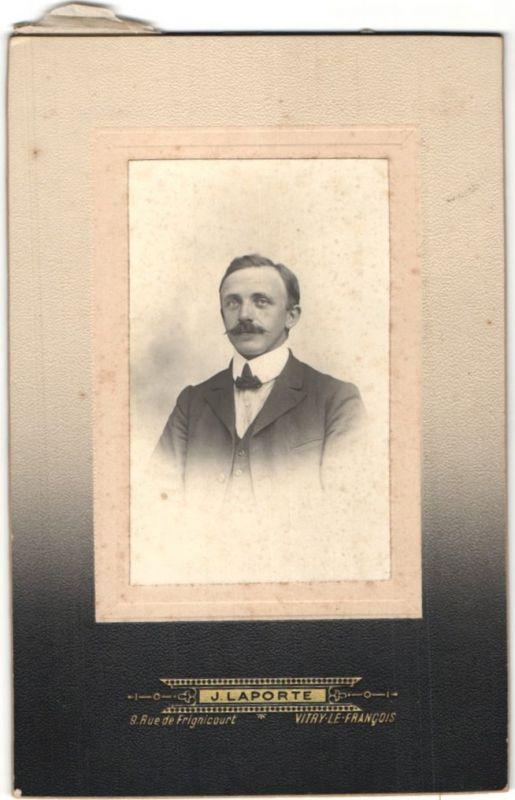 Fotografie J. Laporte, Vitry-le-Francois, Portrait bürgerlicher Herr