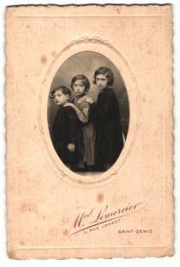 Fotografie M. Lemercier, Saint-Denis, Portrait dreier Geschwister