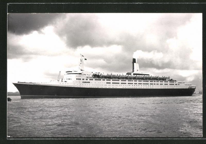 Fotografie Kreuzfahrtschiff Queen Elizabeth Ii Der Cunard Line