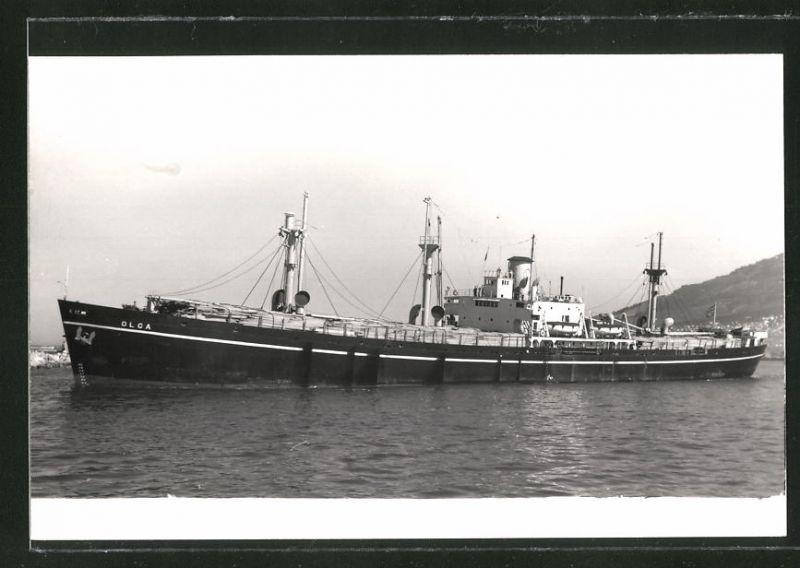 Fotografie Frachtschiff Olga voll beladen mit Holz