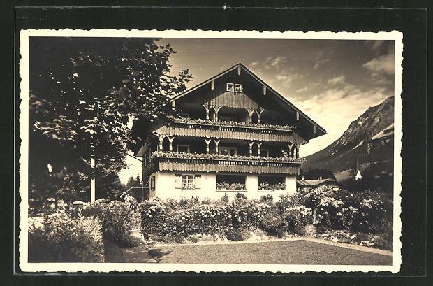 AK Oberstdorf, Hotel Haus Elisabeth vom Garten her gesehen