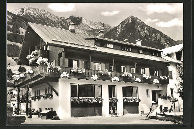AK Fischen / Allgäu, Hotel-Gästehaus Benedikt Waibel, Ornacherstrasse 19 0