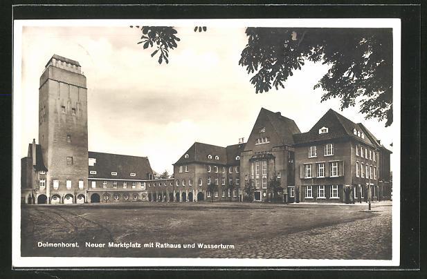 AK Delmenhorst, Neuer Marktplatz mit Rathaus und Wasserturm 0