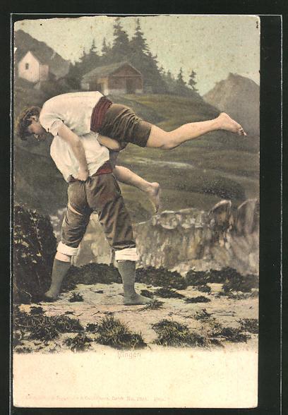 AK Männer beim Ringen in den Bergen
