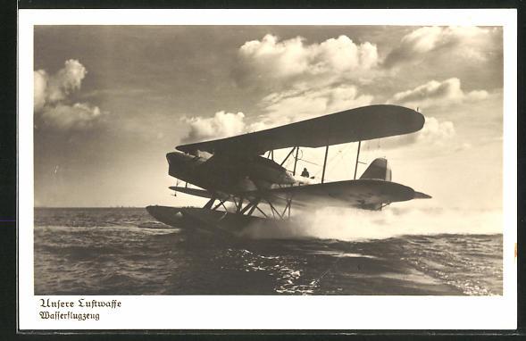 AK Unsere Luftwaffe, Flugzeug beim Start