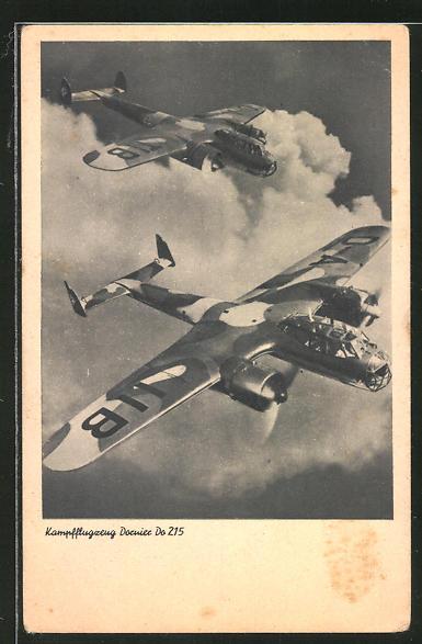 AK Kampfflugzeug Dornier Do 215 beim Feindflug