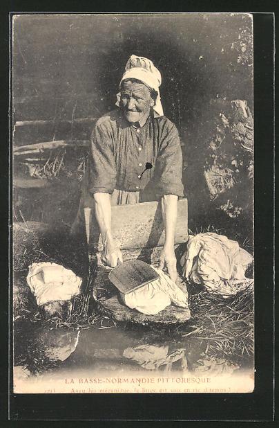 AK La Basse-Normandie Pittoresque, Waschfrau