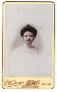 Fotografie E. Dessendier, Roanne, Portrait Fräulein mit Hochsteckfrisur