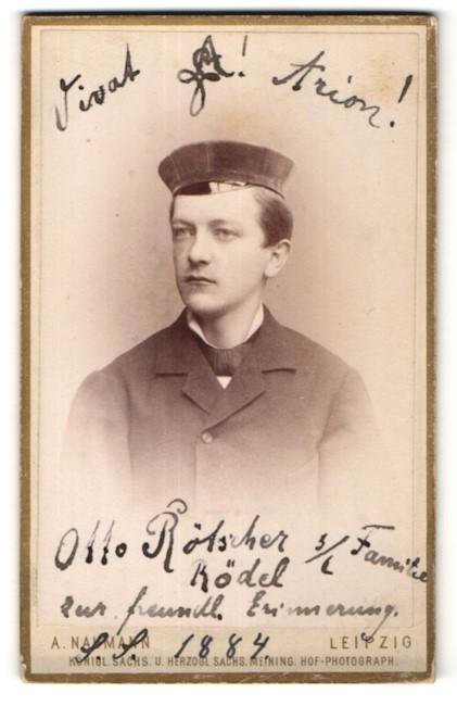Fotografie Alfred Naumann, Leipzig, Portrait Student, Burschenschaftler mit Korpsmütze