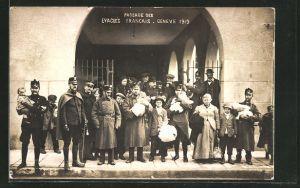 AK Geneve, Passage des Evacues Francais 1915, Flüchtlinge