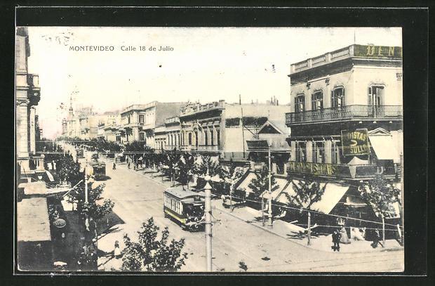 AK Montevideo, Calle 18 de Julio, Strassenansicht mit Strassenbahnen 0