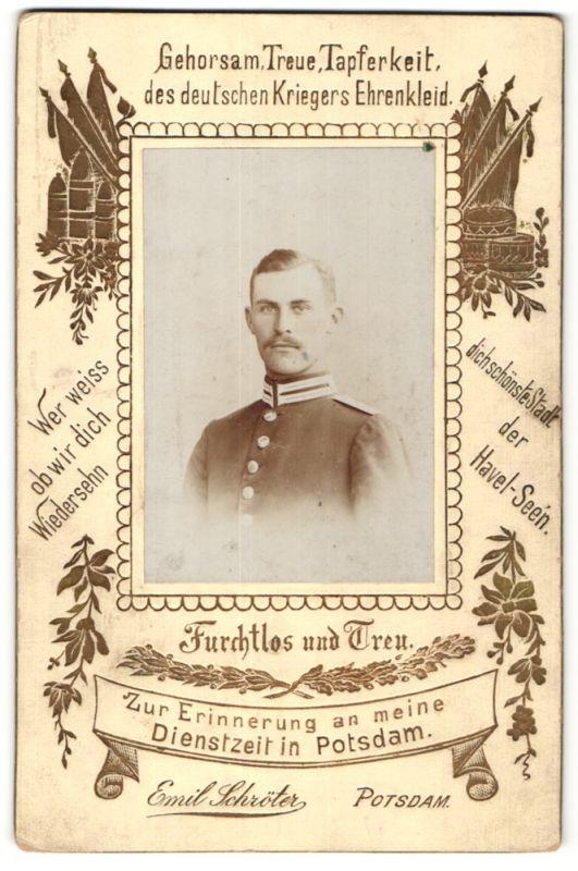 Fotografie Emil Schröter, Potsdam, Portrait Soldat aus Potsdam in Uniform