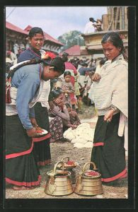 AK Kathmandu, Typical women valley preparing for worship