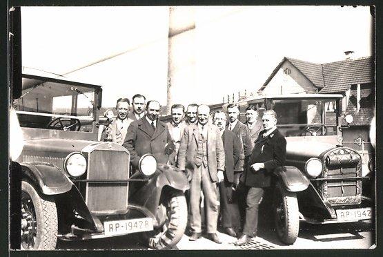 Fotografie Bus Mercedes Benz, Kfz mit Reichspost-Kennzeichen RP-19428 & RP-19427