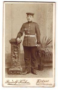Fotografie Rudolf Kühn, Erfurt, Bad Friedrichroda, Portrait Soldat in Uniform