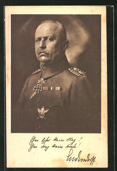 AK Erich Ludendorff mit Eisernem Kreuz und Orden