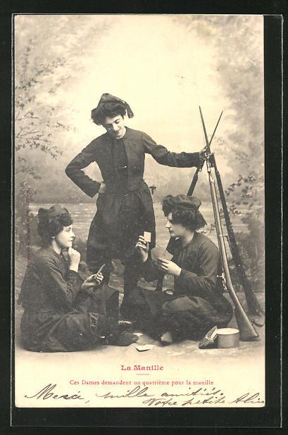 AK La Manille, ces Dames demandent un quatrieme pour la manille, Frauen beim Kartenspiel