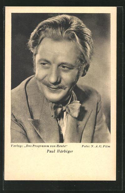 AK Schauspieler Paul Hörbiger lächelnd zur Seite schauend