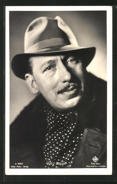 AK Schauspieler Willy Birgel mit Hut zur Seite schauend 0
