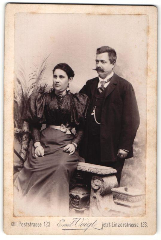 Fotografie Emil Voigt, Wien, Portrait bürgerl. Paar