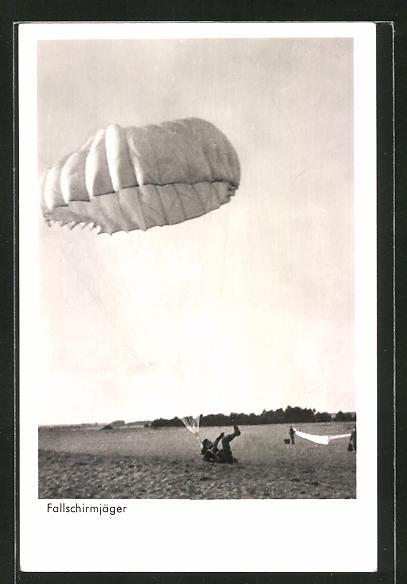 AK Fallschirmjäger nach harter Landung