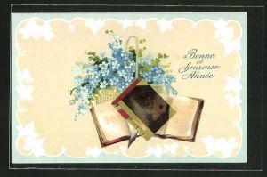 Präge-AK Bonne et heureuse Annèe, Bücher mit einem Korb Vergissmeinnicht