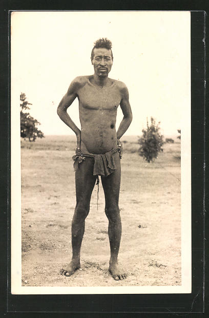 AK Afrikanischer Mann im Lendenschurz