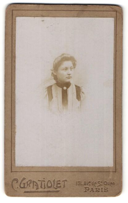 Fotografie C. Gratiolet, Paris, Portrait junge Frau mit zusammengebundenem Haar
