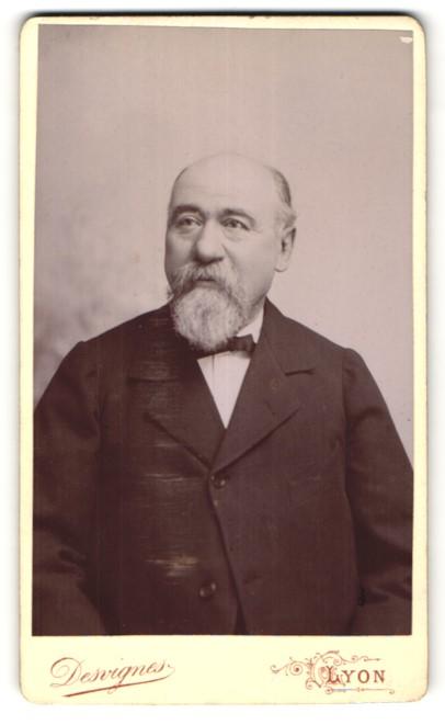 Fotografie Desvignes, Lyon, Portrait betagter Herr mit Bart