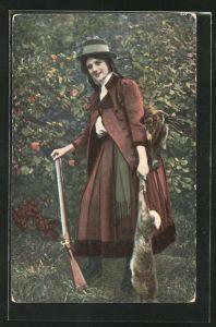 AK junge Jägerin mit Beute