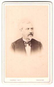 Fotografie Provost, Toulouse, Portrait älterer Herr mit Bart