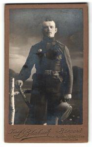 Fotografie Josef Blajnik, Beroune, österreichischer Soldat in Uniform mit Orden