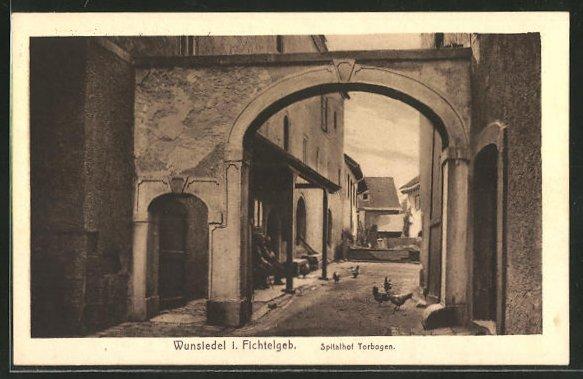 AK Wunsiedel / Fichtelgebirge, Torbogen im Spitalhof 0
