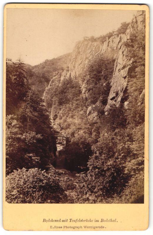 Fotografie E. Rose, Wernigerode, Ansicht Bodekessel mit Teufelsbrücke im Bodethal