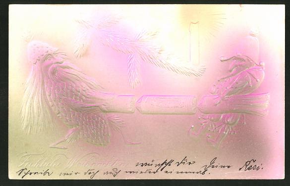 Präge-Airbrush-AK Nussknacker-Zwerg und ein Tannenzapfen-Zwerg ziehen an einem Knallbonbon