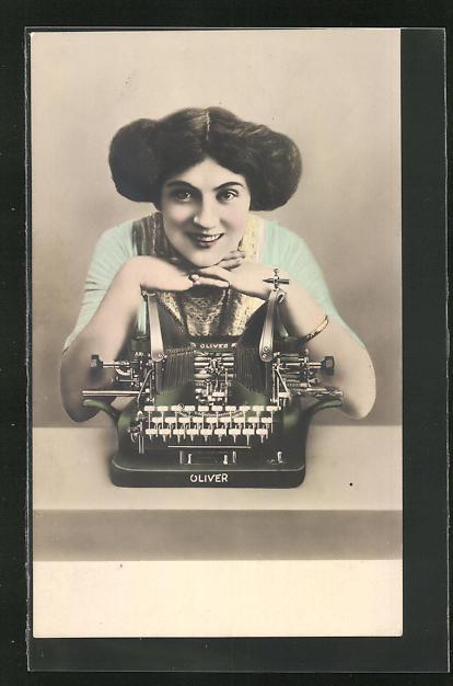 AK junge Dame an einer Schreibmaschine
