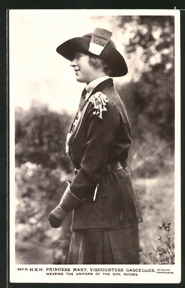 AK Königshaus von England, Princess Mary wearing the Uniform of the Girl Guides