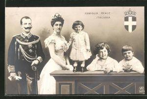 AK Famiglia Reale Italiana, Königsfamilie von Italien mit Kindern