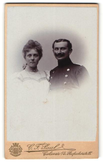 Fotografie C. F. Paul, Colmar i/E., Portrait Leutnant und Gattin
