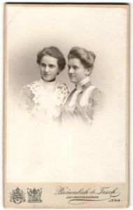 Fotografie Bräunlich & Tesch, Jena, Portrait zwei junge Damen