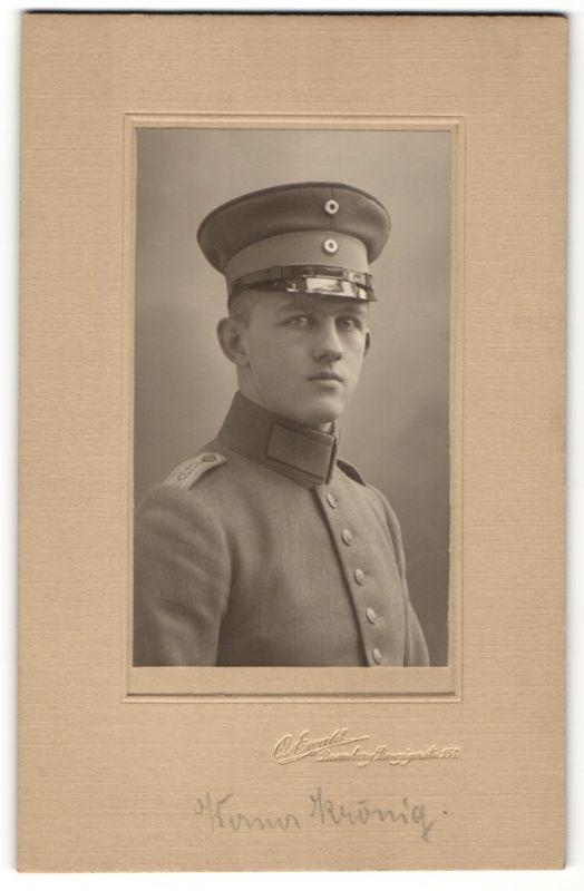 Fotografie O. Ewald, Bromberg, Portrait Leutnant in Uniform